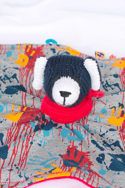 Quinn - Bär mit einer Rassel im Bärenkopf